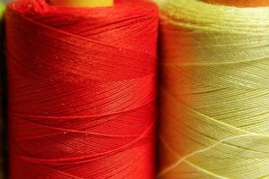 wire-coils-couture-sewing-thread